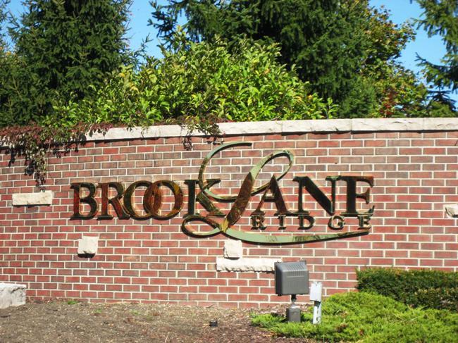 Brooklane Ridge Neighborhood, Northville MI. Subdivision entrance.