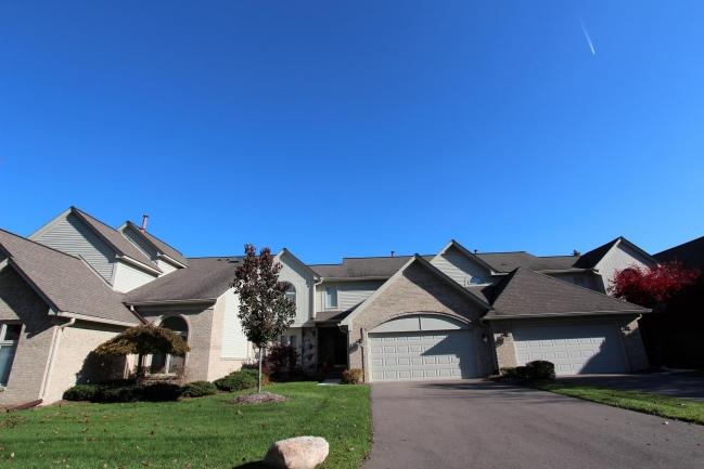 Condos in St. Lawrence Estates