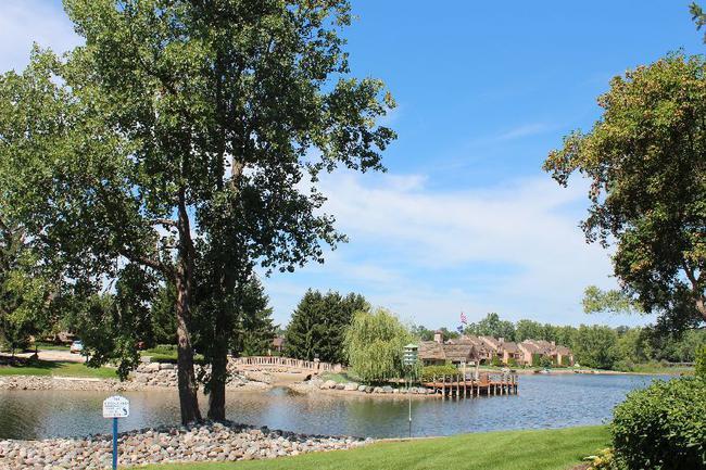 Blue Heron Pointe Northville MI.  Waterfront real estate condominium 2