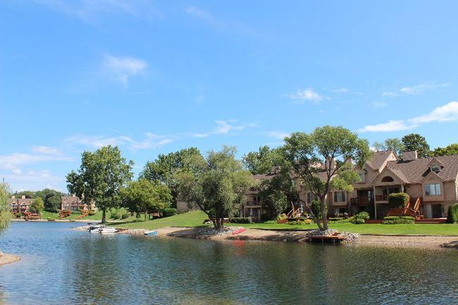 Blue Heron Pointe Northville MI.  Waterfront real estate condominium 13