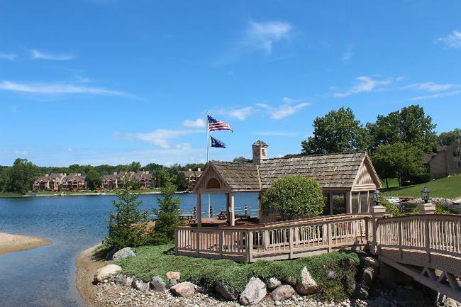 Blue Heron Pointe Northville MI.  Waterfront real estate condominium 14