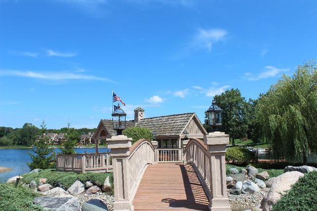 Blue Heron Pointe Northville MI.  Waterfront real estate condominium 16