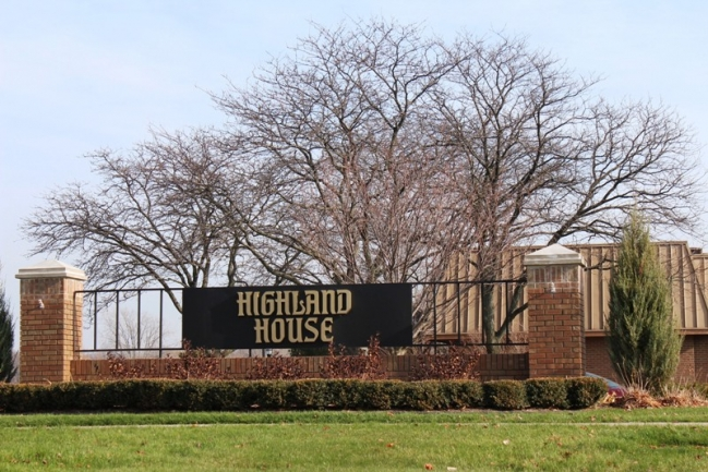 Highland Lakes Condos in Northville MI real estate 23