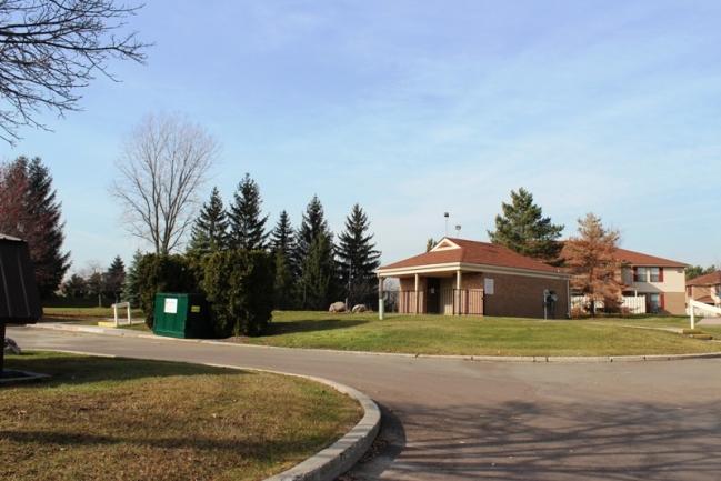 Real estate in Northville MI.  Northridge Farms condo complex