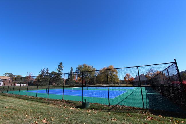 Crosswinds West Tennis Courts