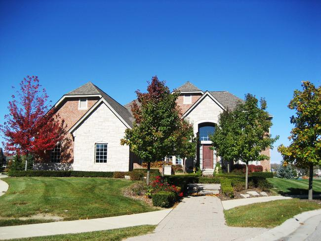 Home elevation 2 in Stonewater, Northville MI