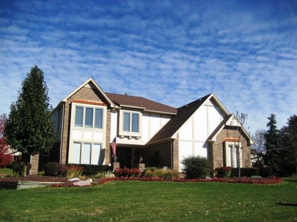 Lakes of Northville neighborhood real estate in Northville MI.