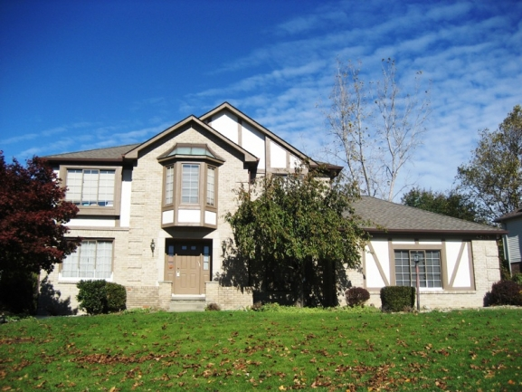 Lakes of Northville subdivision real estate in Northville MI 5