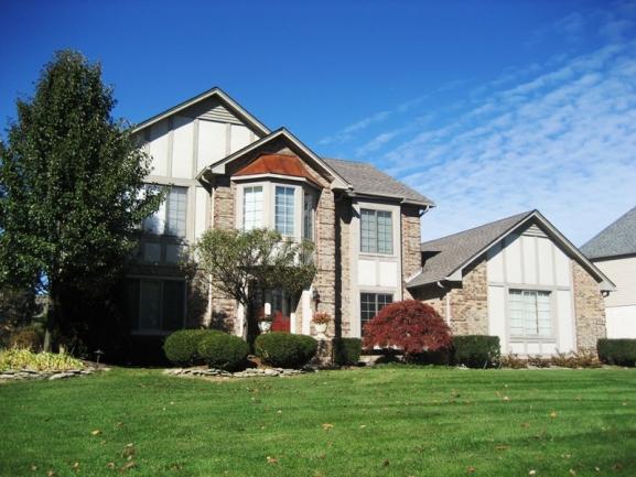Lakes of Northville neighborhood real estate in Northville MI. 7