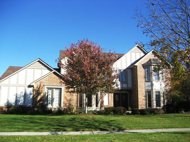 Abbey Knoll subdivision, Northville MI. Home elevation