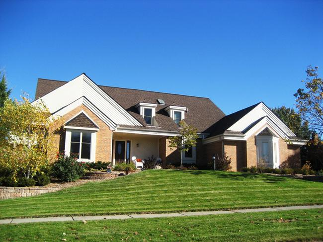 Abbey Knoll subdivision, Northville MI. Home elevation.