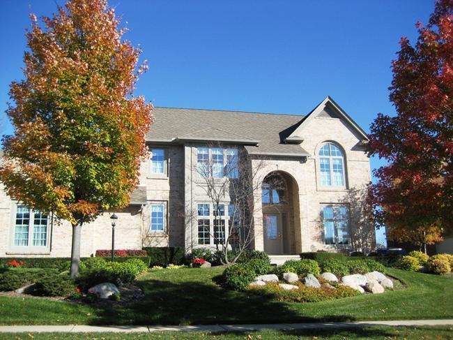 Neighborhood of Pheasant Hills in Northville, MI real estate 6