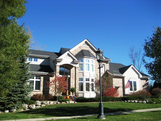 Neighborhood of Pheasant Hills in Northville, MI real estate