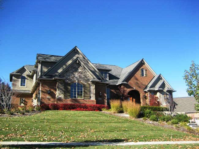 Neighborhood of Pheasant Hills in Northville, MI real estate 5