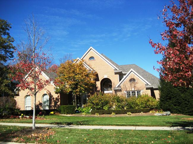Neighborhood of Woods of Edenderry in Northville, MI luxury real estate 5