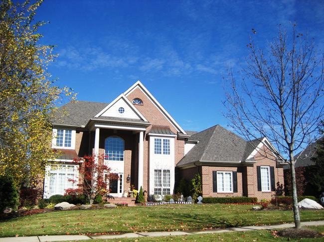 Neighborhood of Woods of Edenderry in Northville, MI luxury real estate 7