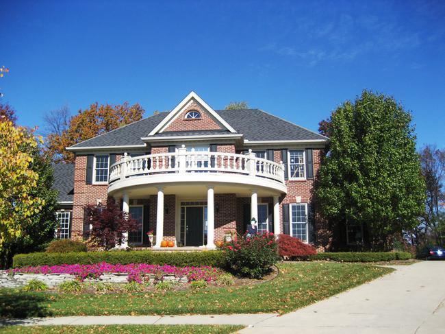 Neighborhood of Woods of Edenderry in Northville, MI luxury real estate 3