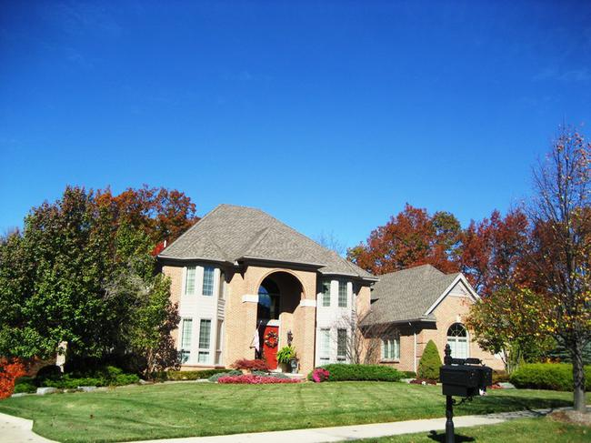 Neighborhood of Woods of Edenderry in Northville, MI luxury real estate 2