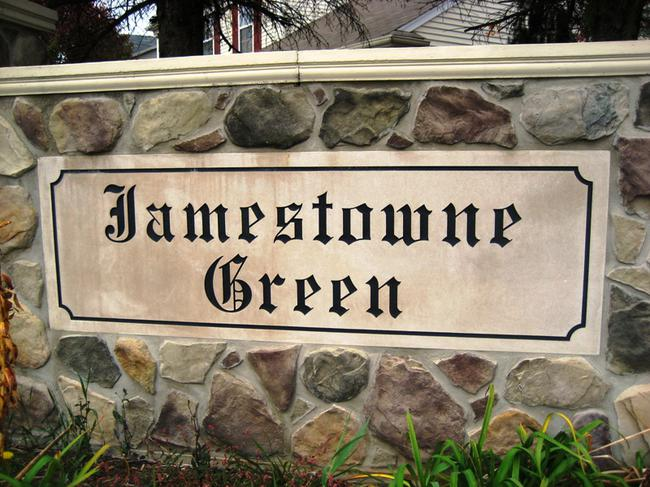 Jamestowne Green neighborhood, Novi MI. Subdivision entrance.