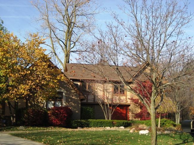 Timber Ridge Estates Subdivision, Home Elevation 6 in Novi MI 48167