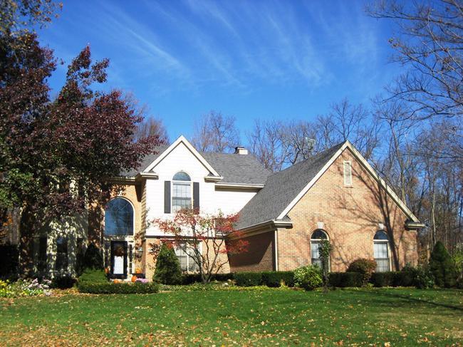 Neighborhood of Woodside Village in Northville, MI real estate 9