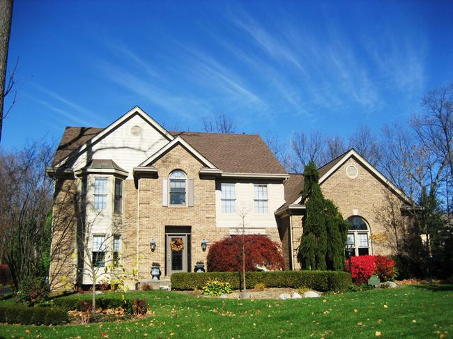 Neighborhood of Woodside Village in Northville, MI real estate 8