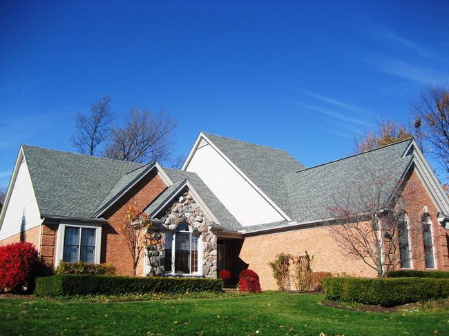 Neighborhood of Woodside Village in Northville, MI real estate 7