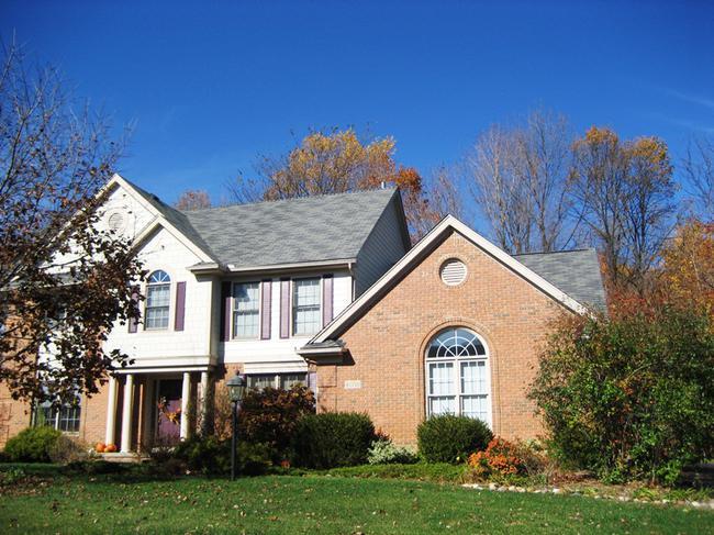 Neighborhood of Woodside Village in Northville, MI real estate 6