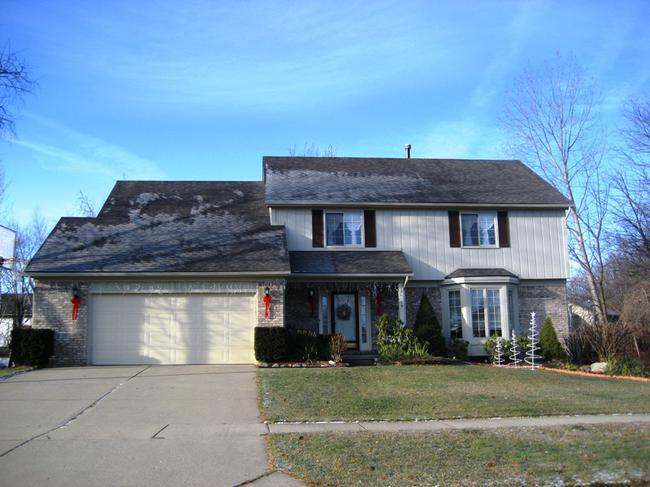 Briarwood Neighborhood, Novi MI. Home elevation.
