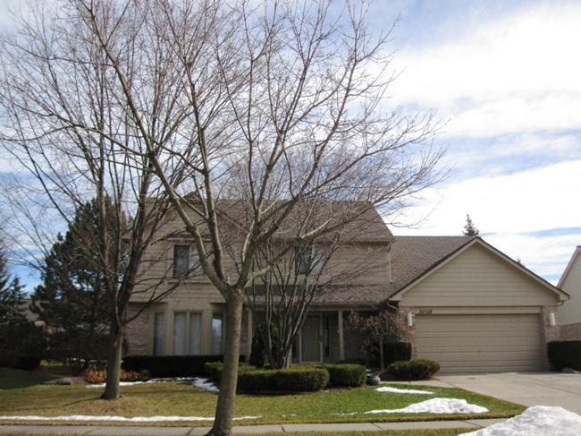 Elevation 2, Briarwood Neighborhood, Novi MI 48374