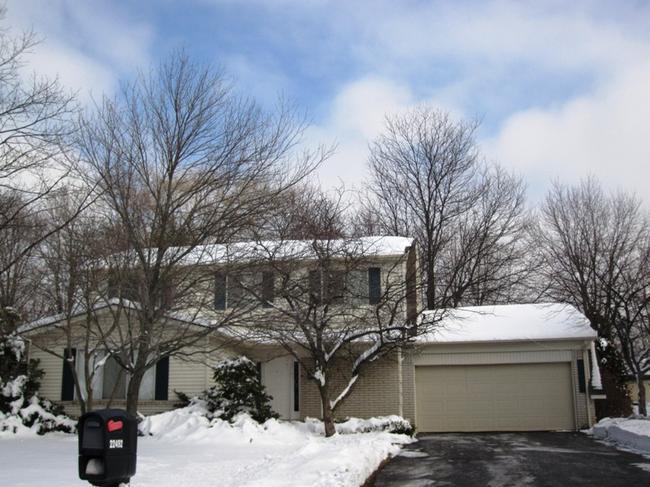Neighborhood of The Oaks in Northville MI real estate 10