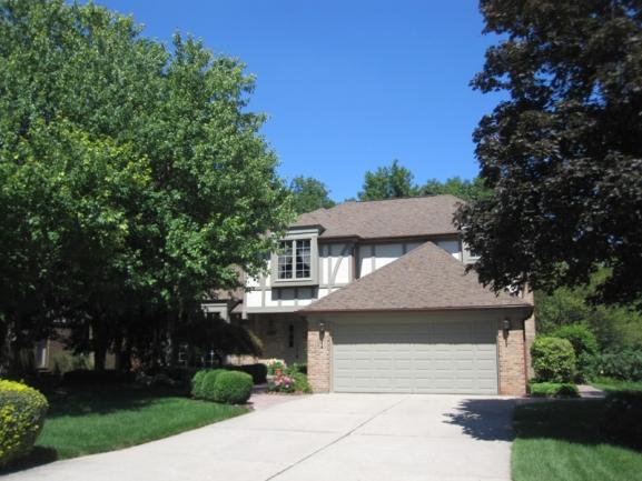 Lakes of Northville neighborhood real estate in Northville MI.10