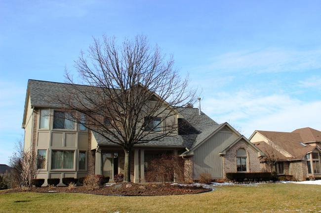 Real estate of Deerbrook neighborhood in Novi MI 7