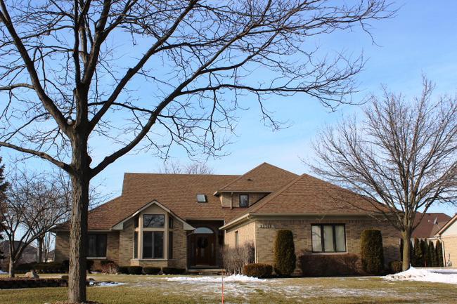 Real estate of Deerbrook neighborhood in Novi MI 8