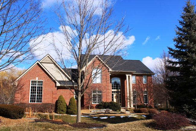 Bradford of Novi Subdivision, home elevation 6 in Novi MI 48374
