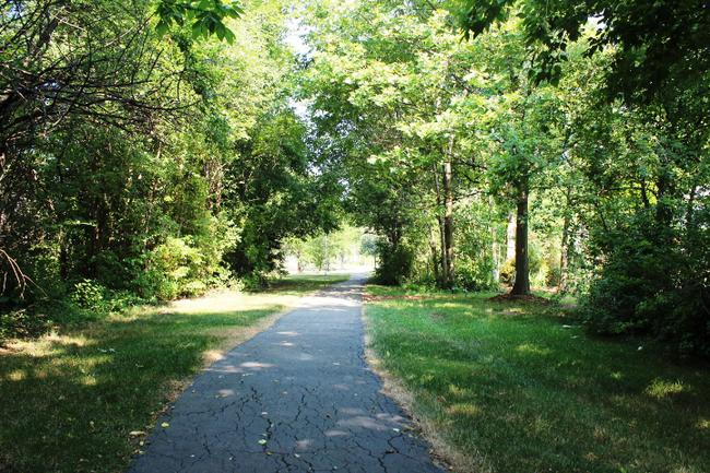 Woodside Village of Northville Walking Trail