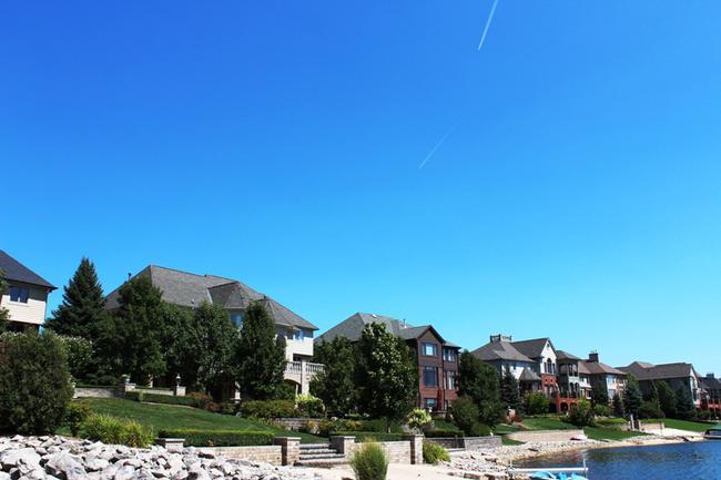 Back of homes in Stonewater neighborhood
