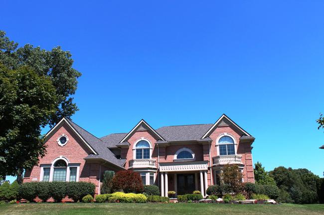 Elevation 6 in the neighborhood of Stonewater in Northville MI