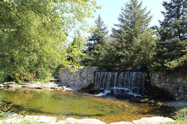 Stonewater waterfall in Stonewater neighborhood