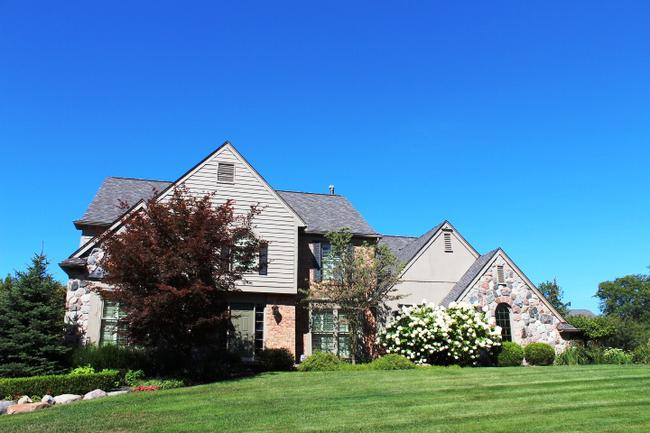Real estate in the neighborhood of Maple Hill in Northville, MI 48168 (3)