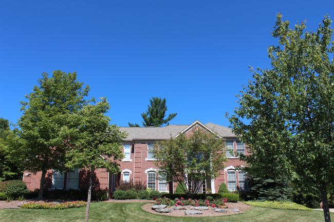 Luxury real estate in the Woodlands of Northville in Northville, MI 6