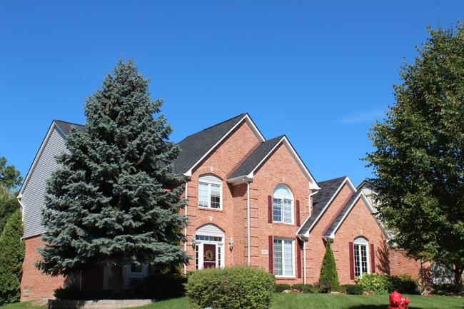Real Estate in Parkstone subdivision in Northville, MI