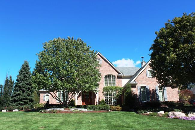 Real Estate in Fox Hollow Neighborhood, Northville MI 2