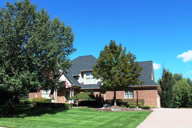 Real Estate in Fox Hollow Neighborhood, Northville MI 3