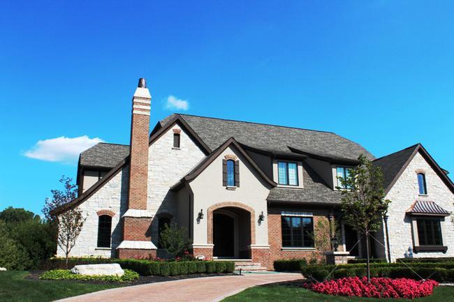Real Estate in Bella Vista Neighborhood in Northville, MI 3
