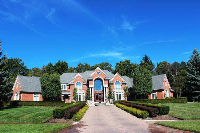 Real Estate in Turnberry Estates Subdivision, Novi MI 3
