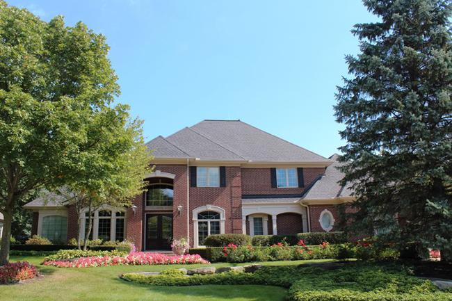 Real Estate in The Oaks Subdivision in Northville, MI 4