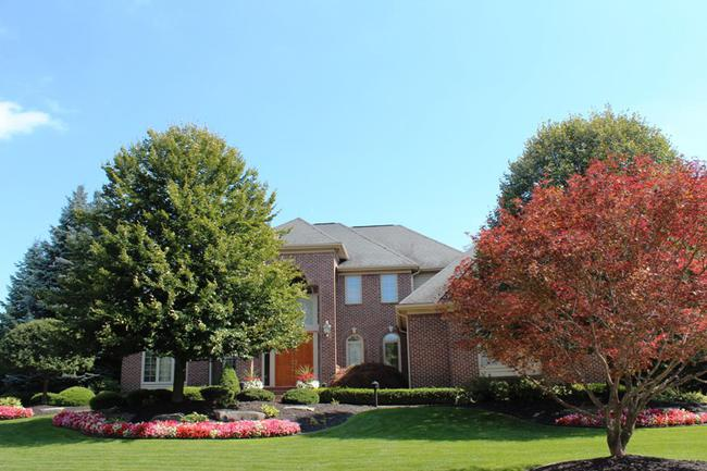 Real Estate in The Oaks Subdivision in Northville, MI 5