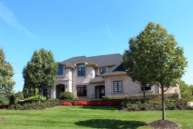 Bella Vista Neighborhood in Northville, MI Real Estate 5