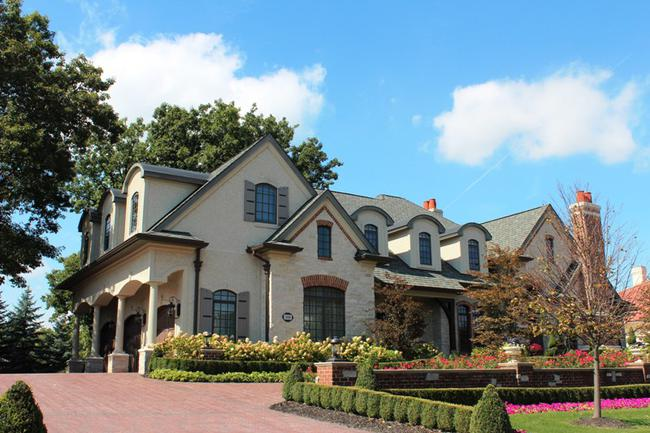 Bella Vista Neighborhood in Northville, MI Real Estate 14